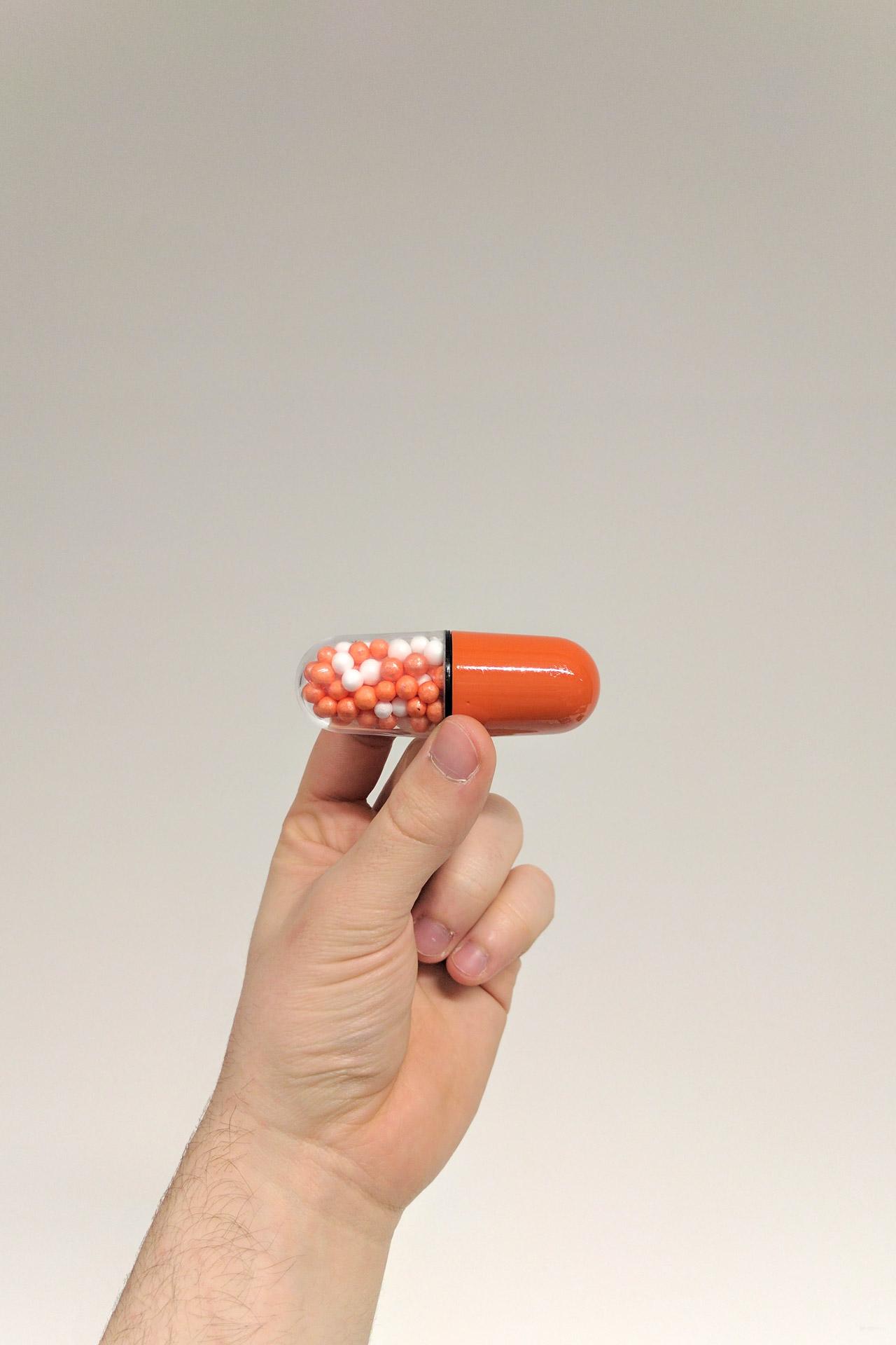 hand-pill